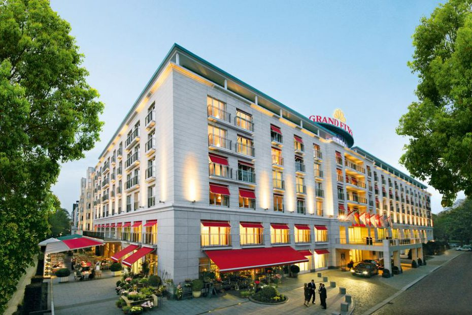 hotel for smm